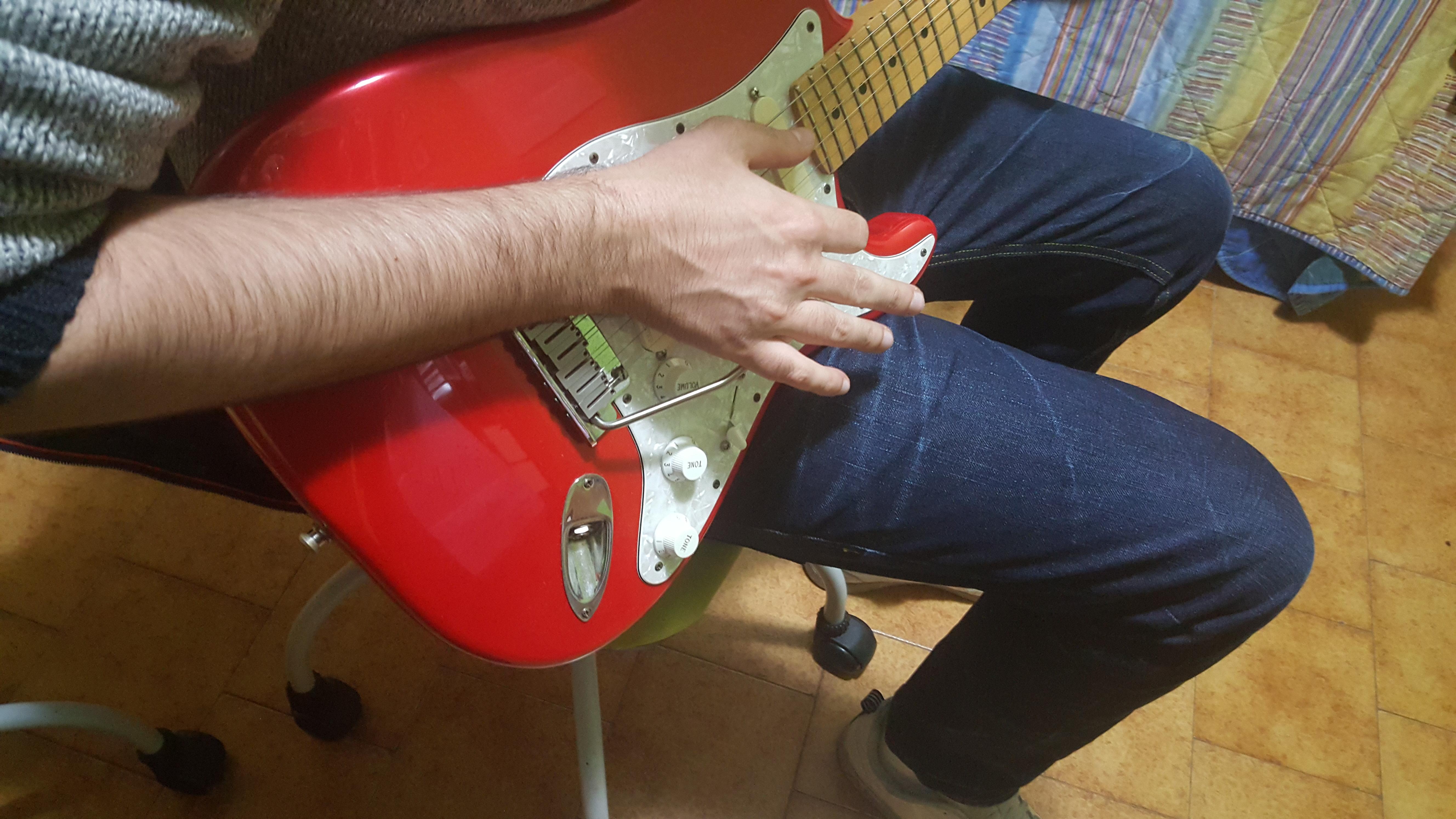 Short tremolo - handled